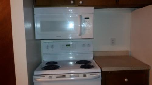 Place available for rent just $300--Hurry up Photo 1