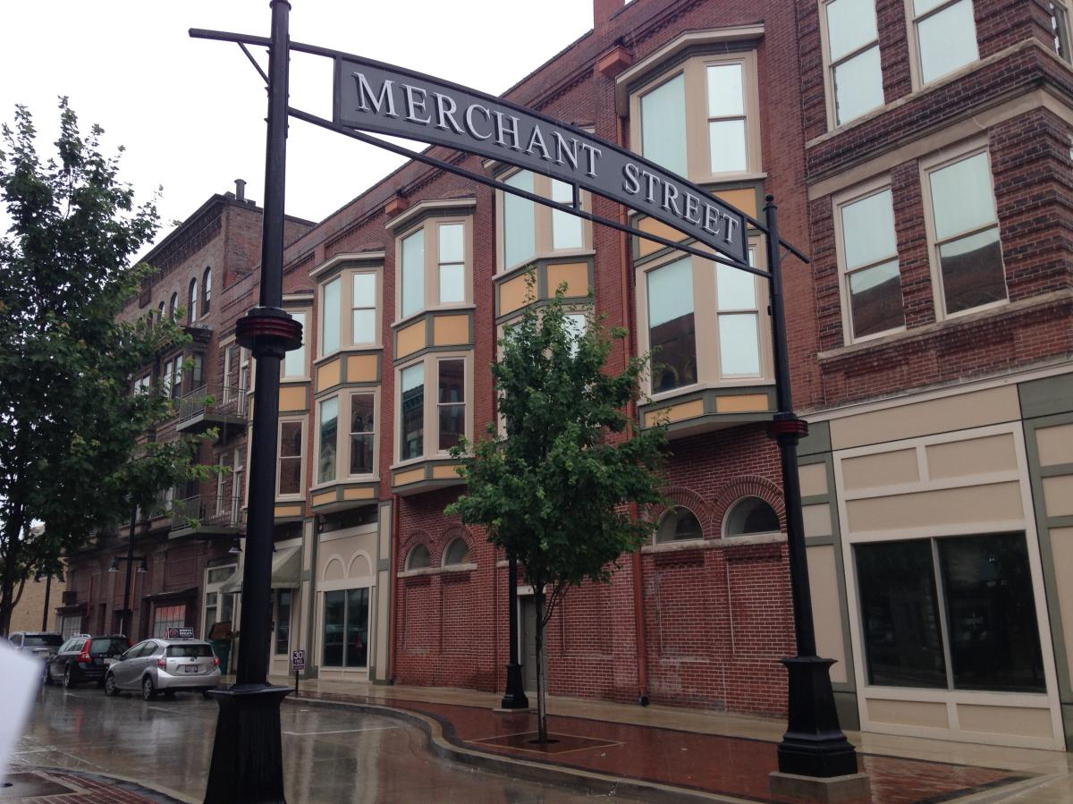 139 N Merchant Street Apt 3 Decatur Il 62523 Hotpads
