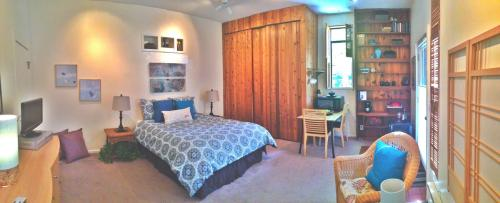 Furnished Studio Available For Monthly Stays Photo 1
