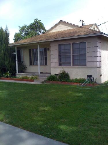 4532 Radnor Avenue Photo 1