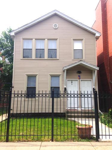 1719 W Superior Street #1F Photo 1
