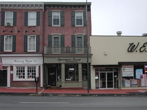 126 W Market Street Photo 1