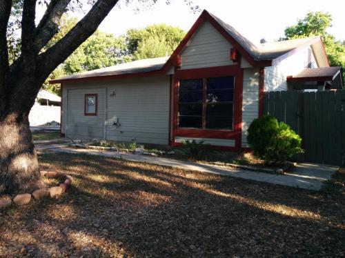 4815 Cobb Valley Drive Photo 1