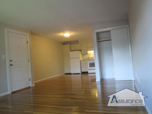 Great 2BR in Woburn! Heat/Hot Water Included! N... Photo 1