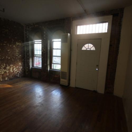 Low Fee 4 Bedroom Photo 1