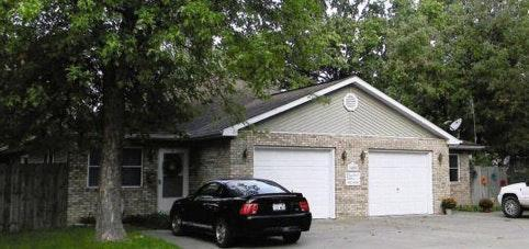 1404 N Garfield Street Photo 1