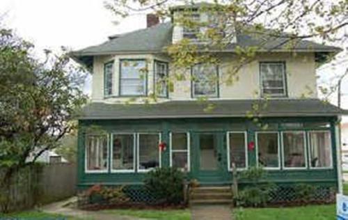 101 E Benedict Avenue #2 Photo 1