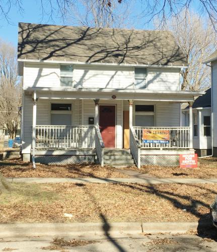 210 W Washington Street Photo 1