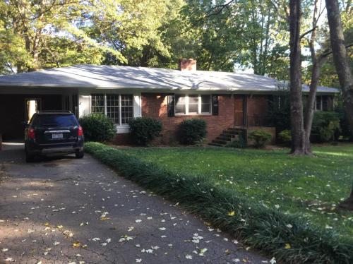 205 Armstrong Drive Photo 1