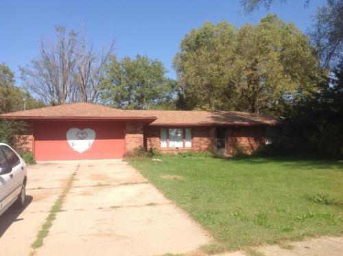 4340 E Oakwood Drive Photo 1