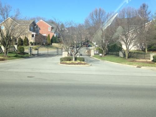 438 Old Towne Dr Photo 1
