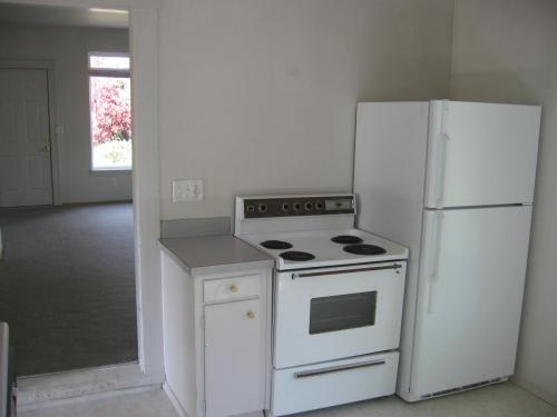 3026 21st Avenue W #BACK HOUSE Photo 1