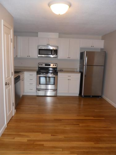 2br/1bath w/ Heat and HW 1 Photo 1