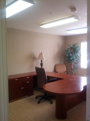 200 Golfview Drive Photo 1