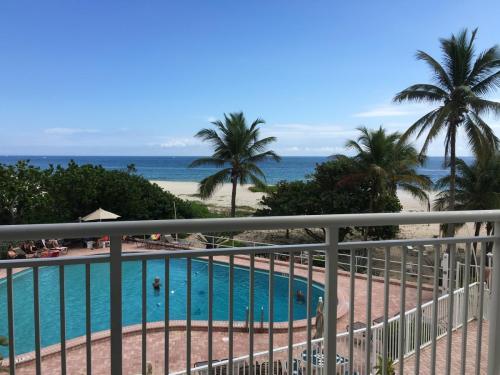 710 N Ocean Boulevard Photo 1