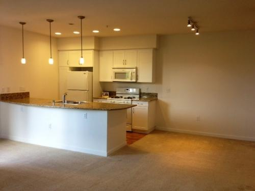 1 Bedroom + Den! Available immediately! Move by... 201 Photo 1
