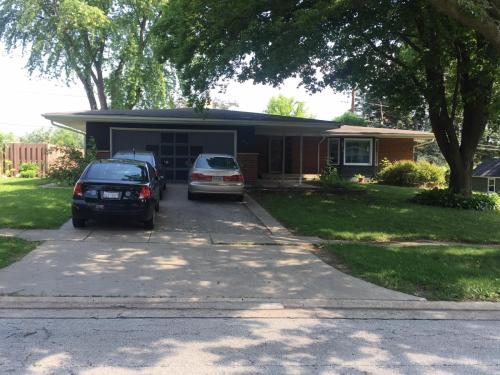 672 Valley Park Drive Photo 1