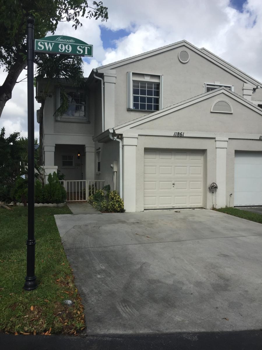 11861 SW 99th Street, Miami, FL 33186   HotPads