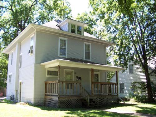 1729 Fairchild Avenue Photo 1