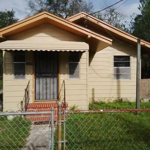 1435 Grothe Street Photo 1