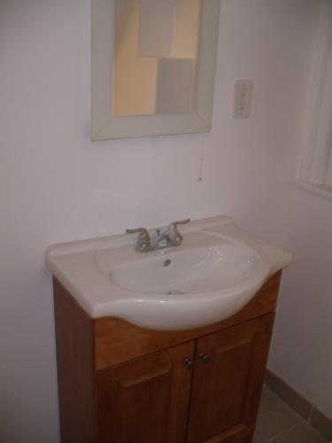 NO FEE! This magnificent apartment was just ful... 1 Photo 1