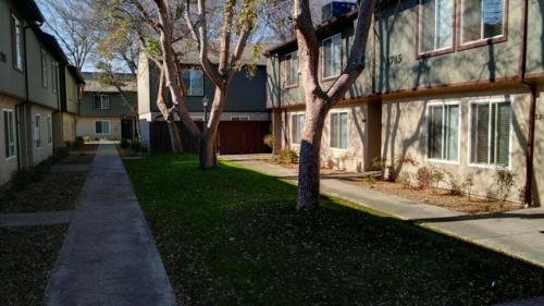 1745 N Winery Avenue Photo 1