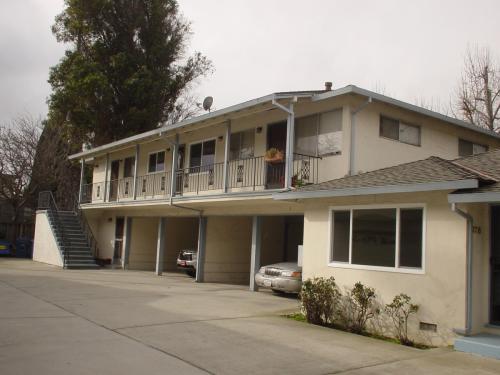 274 W California Avenue #4 Photo 1