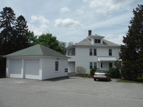 North Andover 2 Bedroom townhouse available for... 3 Photo 1