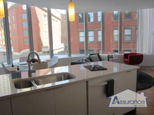 Upscale luxury building with the perfect city l... 1223 Photo 1
