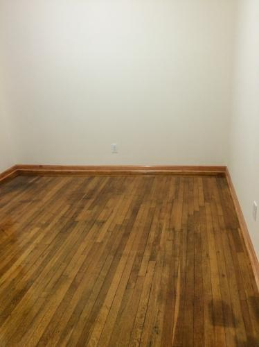 Lovely, Renovated Apt-Great location! 2B Photo 1