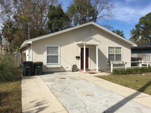 284 Seminole Road Photo 1