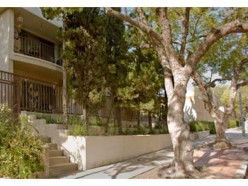 631 E San Jose Avenue Photo 1