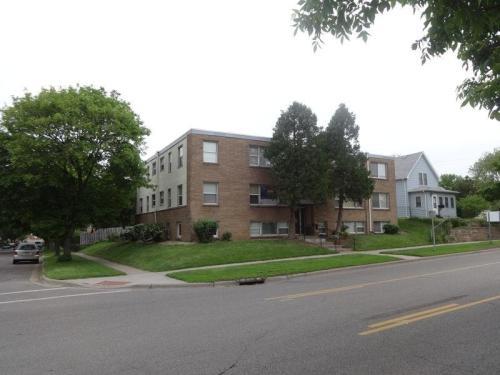 903 Oakdale Avenue Photo 1