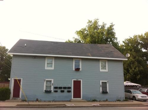 110 W Walnut Street Photo 1