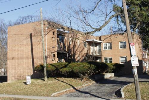 2636 Indianola Ave H Photo 1