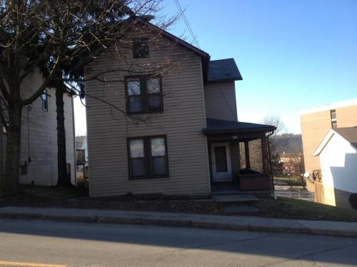 623 Wood Street Photo 1