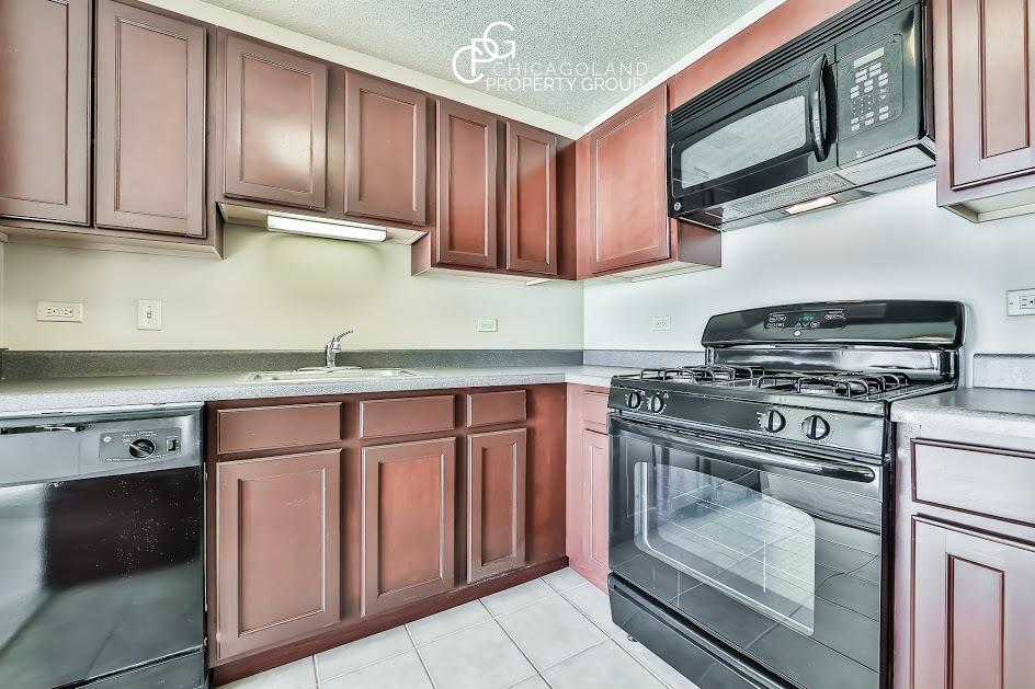 1 bed with in unit washer/dryer, floor to ceili... Photo 1