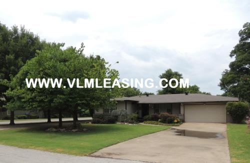 5246 S Delaware Place Photo 1