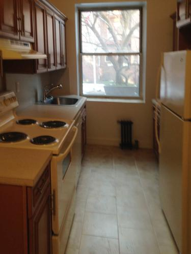 Incredible Newly Renovated Studio Apartment on ... Photo 1