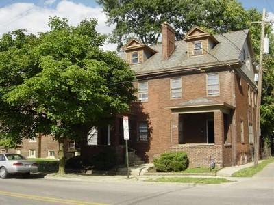 1638 Indianola Avenue Photo 1