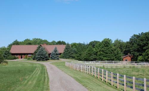 1790 Knob Road Photo 1