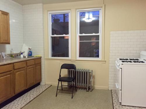 2 bed, $1,600 2F Photo 1