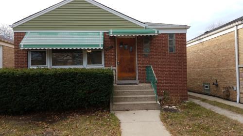 7550 N Rockwell Street Photo 1