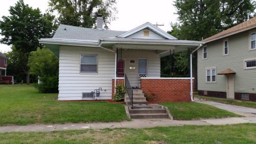 614 Howard Street Photo 1