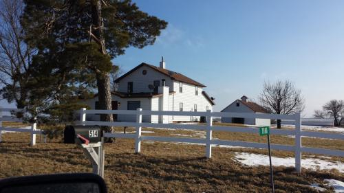 7080 County Line Road Photo 1