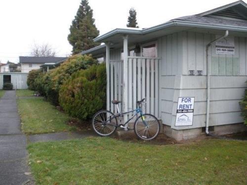 620 E 19th Ave Photo 1