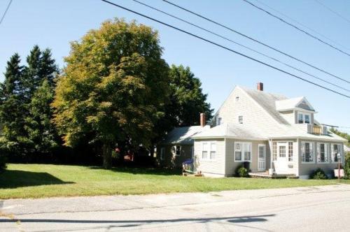 65 Warren Avenue Photo 1