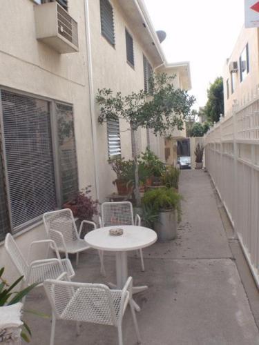 7551 Norton Avenue #1 Photo 1