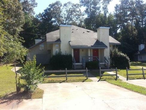 8506 Pineland Drive Apt B Photo 1