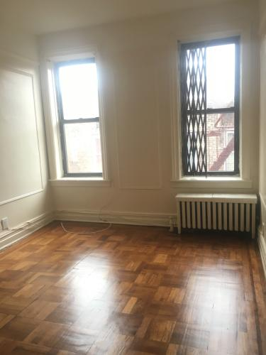 1 bed, $1,400 Photo 1